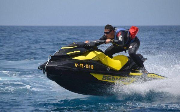 Jet Ski Tenerife Watersport Tenerife. Excursion motos de agua